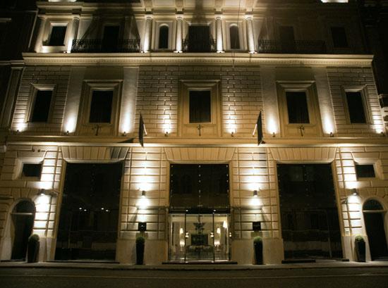 LeonsPlace_facciata-notte